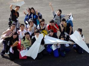 巨大紙飛行機3